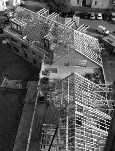 Début septembre 2017 - Escalade de l'architecte avant la dépose de la grue : Fin du gros oeuvre