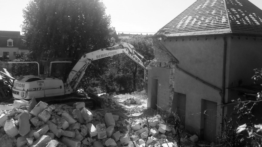 24 septembre 2016 -Démolition de la maison en cours...